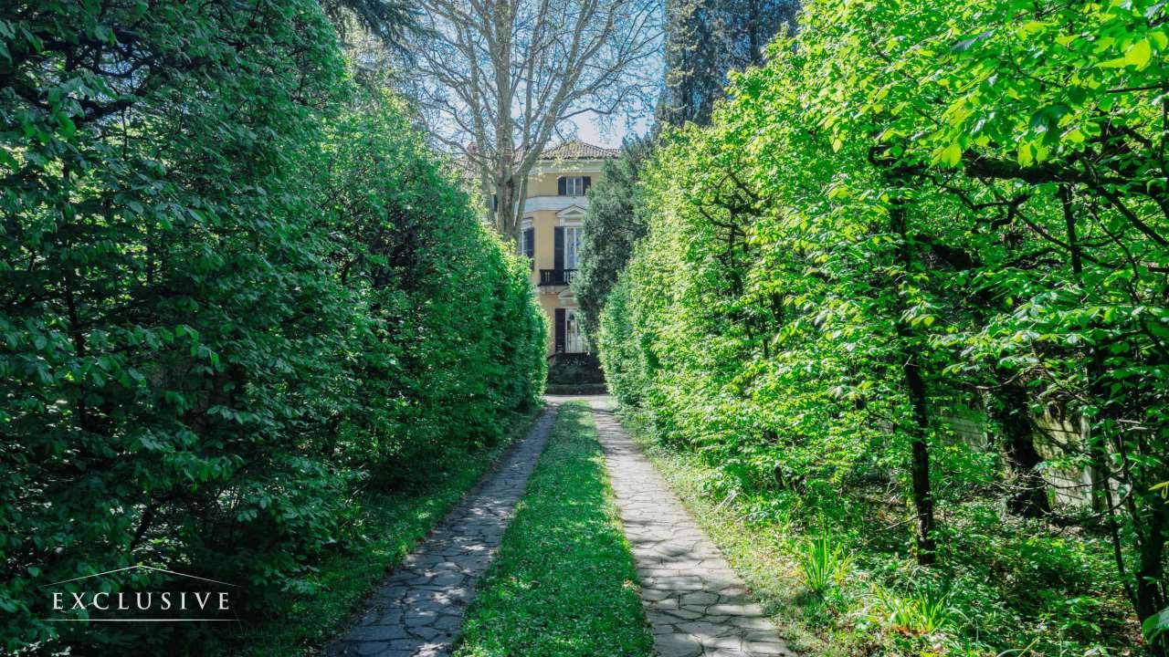 Villa in Vendita a Desio: 5 locali, 1741 mq - Foto 2