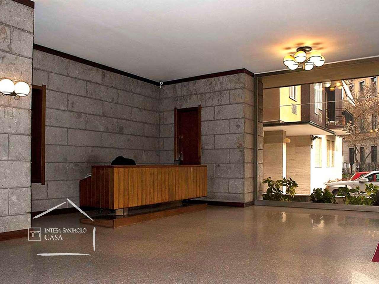 Appartamento in Vendita a Milano: 2 locali, 100 mq - Foto 2