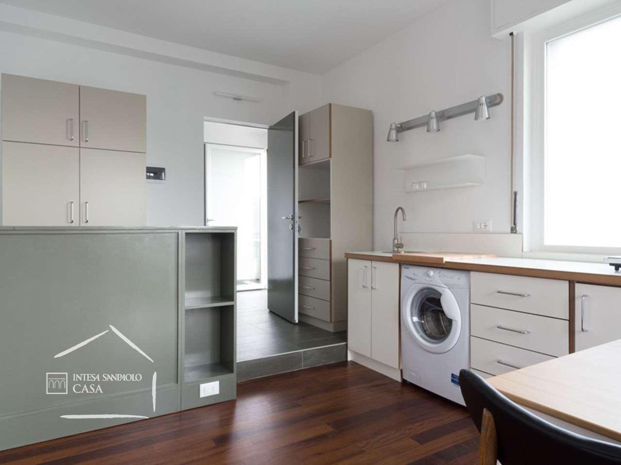 Appartamento in Vendita a Milano: 5 locali, 208 mq - Foto 2