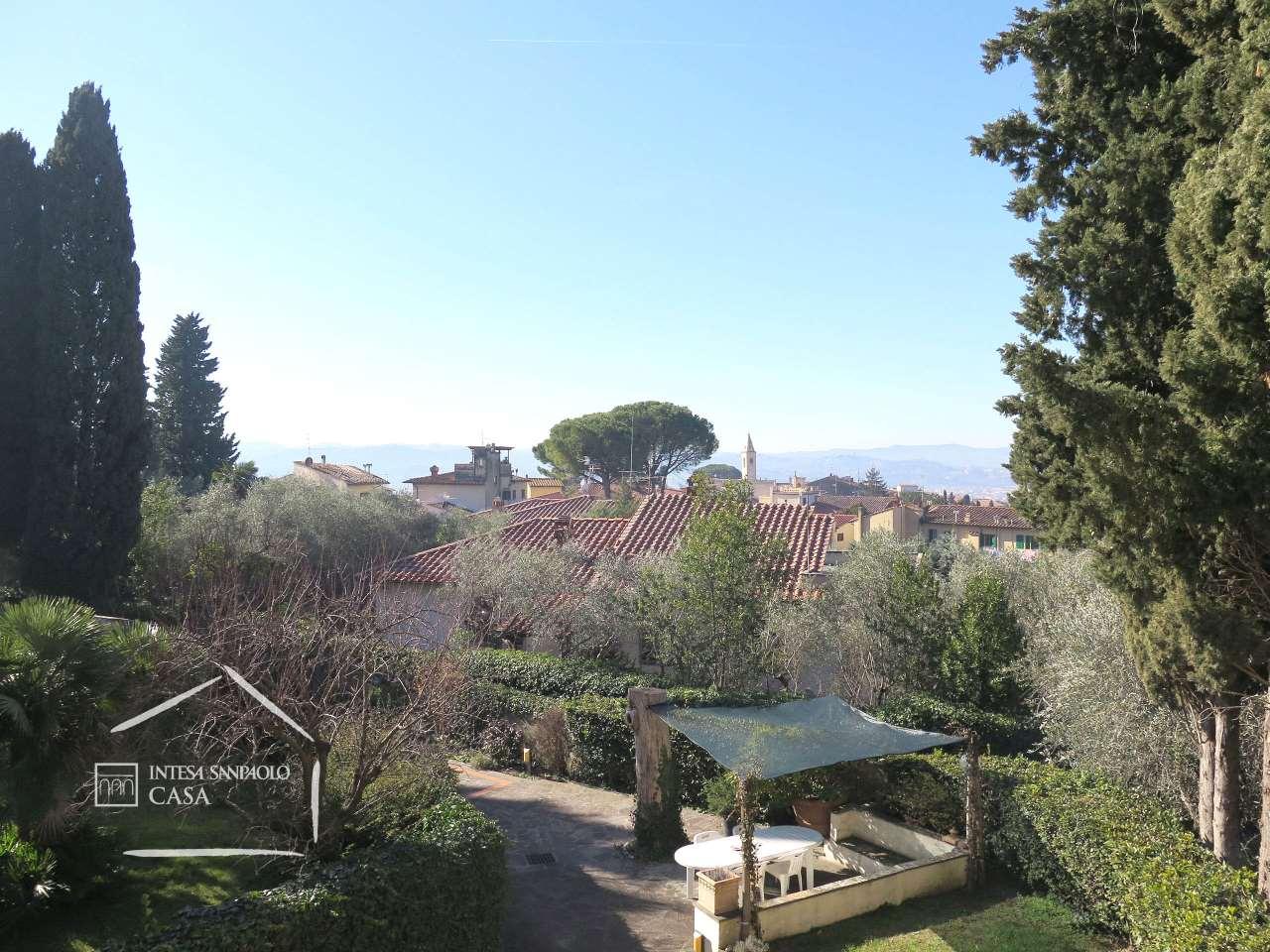 Appartamento in Vendita a Firenze: 5 locali, 210 mq