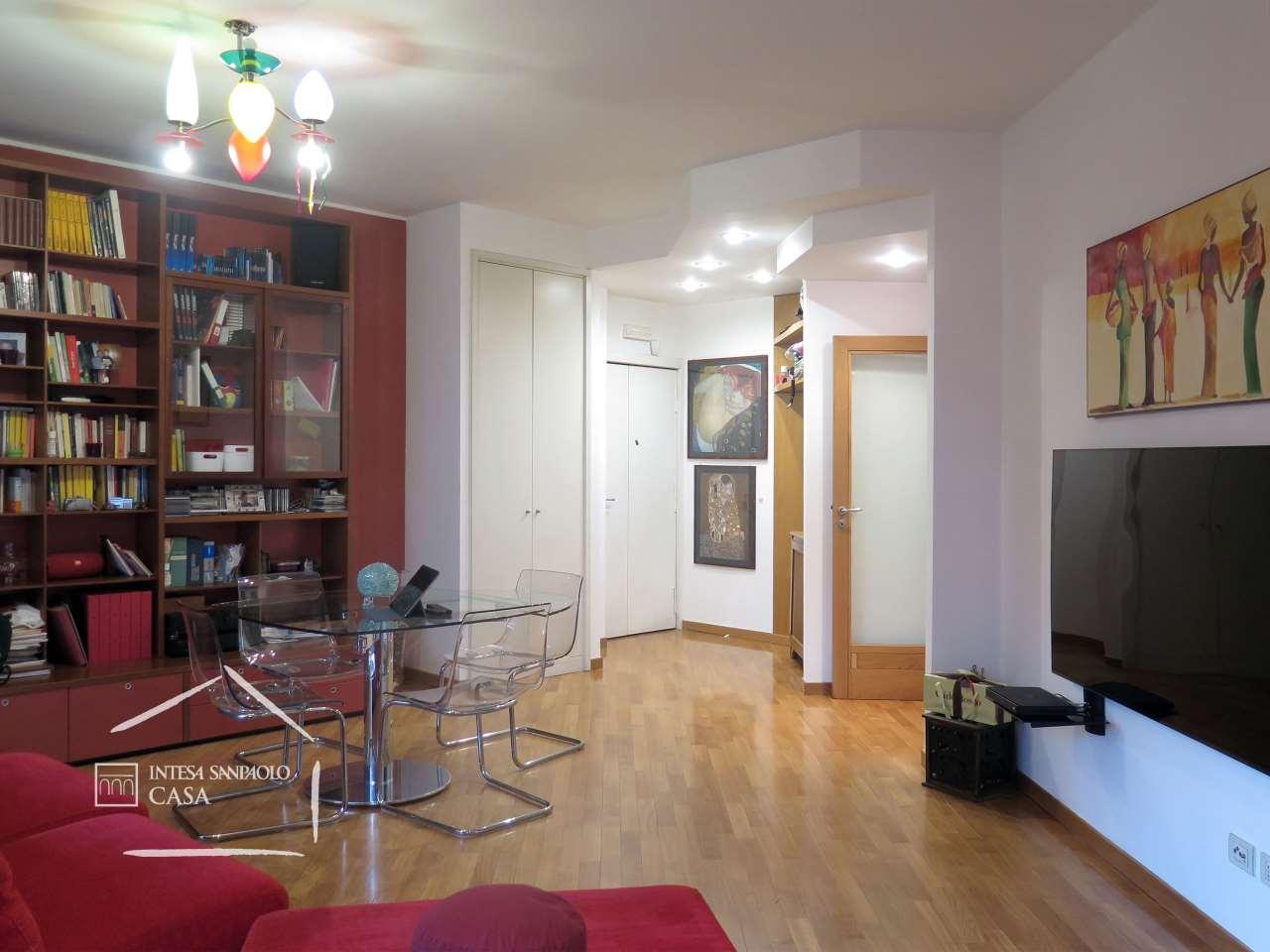Appartamento in Vendita a Napoli: 4 locali, 121 mq - Foto 4