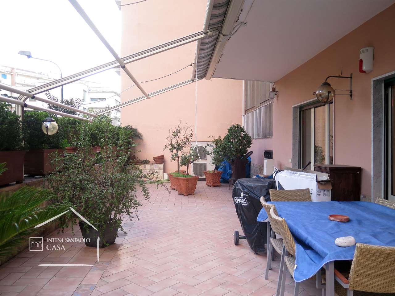 Appartamento in Vendita a Napoli: 4 locali, 121 mq - Foto 8