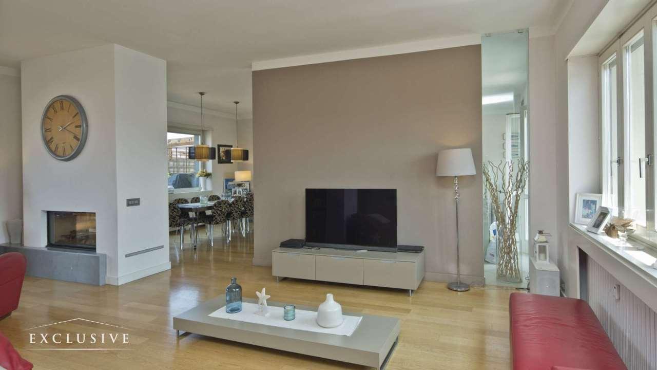 Appartamento in Vendita a Torino: 4 locali, 248 mq
