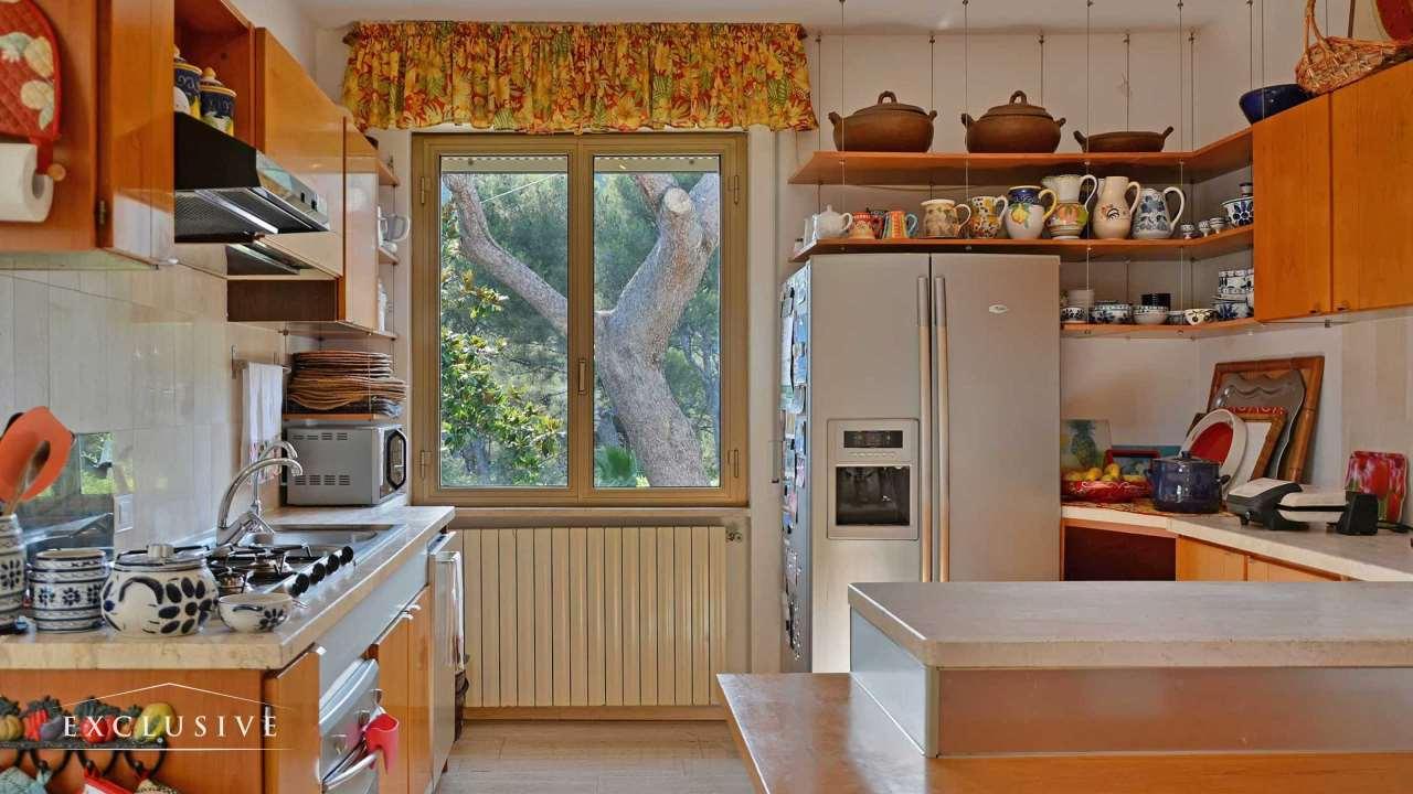 Villa in Vendita a Bergeggi: 5 locali, 341 mq - Foto 7