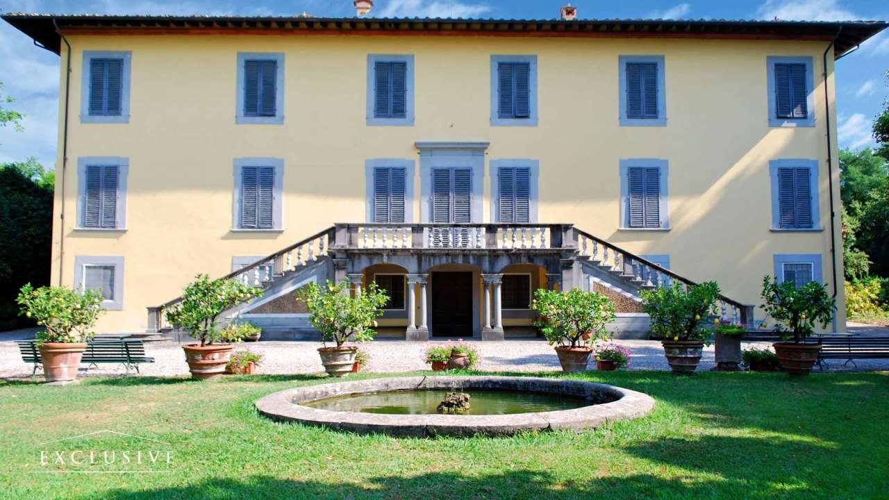 Villa in Vendita a Capannori via di segromigno in monte