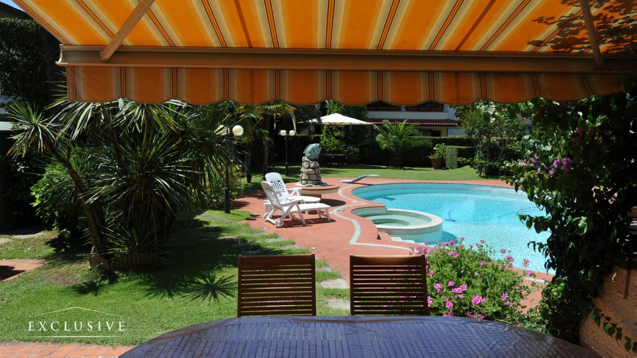 Villa in Vendita a Camaiore: 5 locali, 264 mq - Foto 5