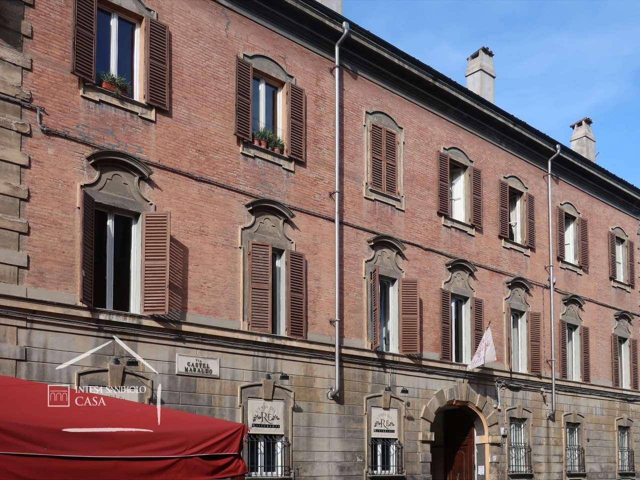 Palazzo in Vendita a Modena: 5 locali, 1907 mq