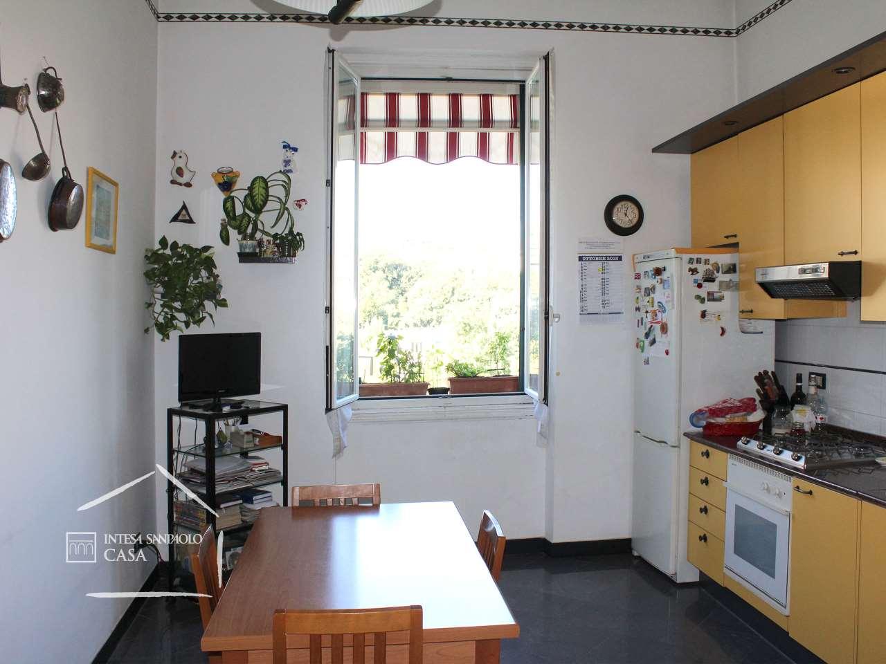 Appartamento in Vendita a Genova: 5 locali, 209 mq - Foto 9