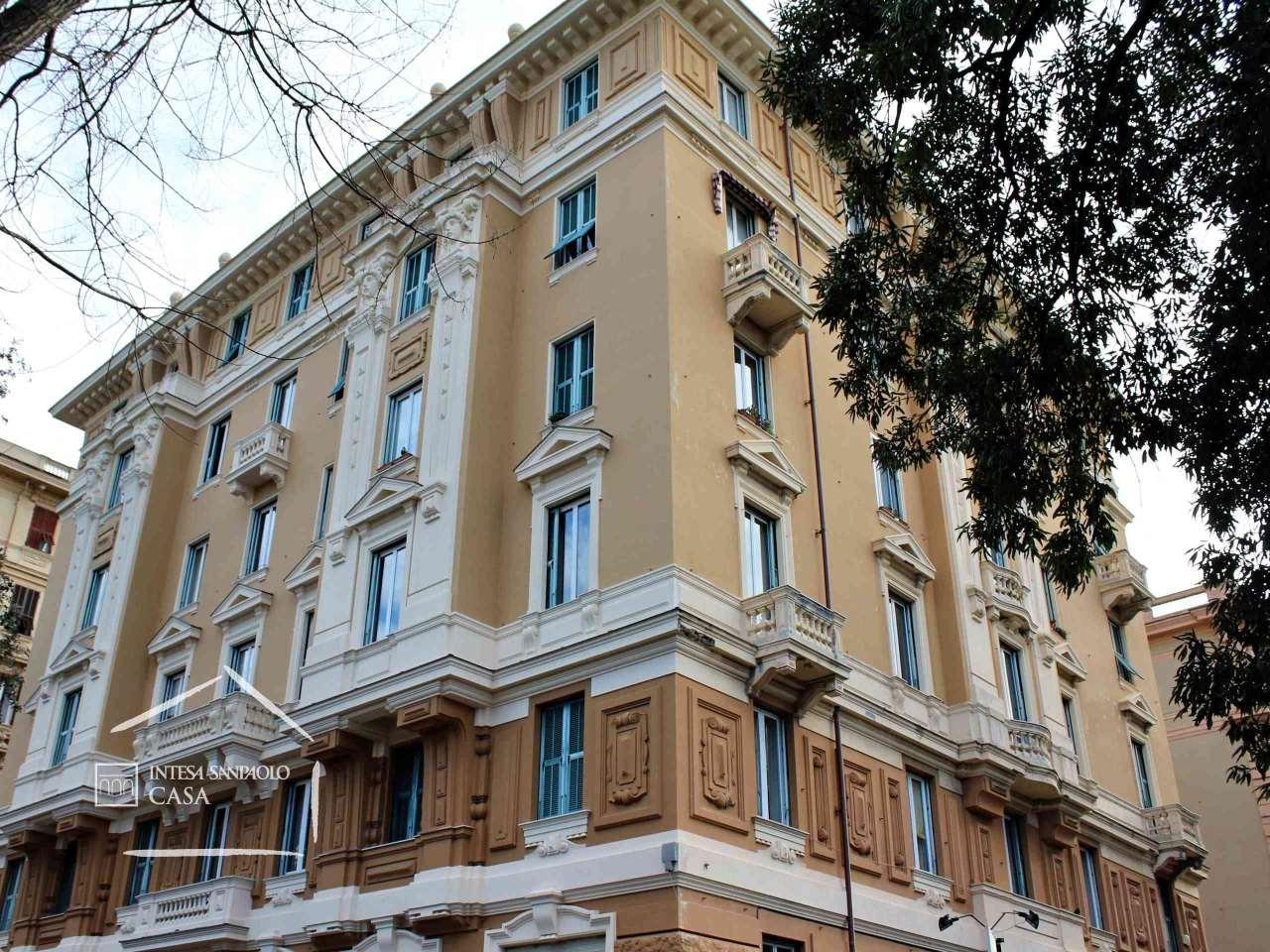 Appartamento in Vendita a Genova: 5 locali, 209 mq - Foto 2