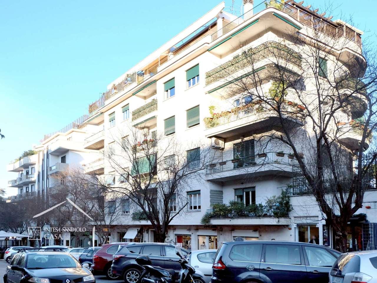 Appartamento in Vendita a Roma: 5 locali, 197 mq