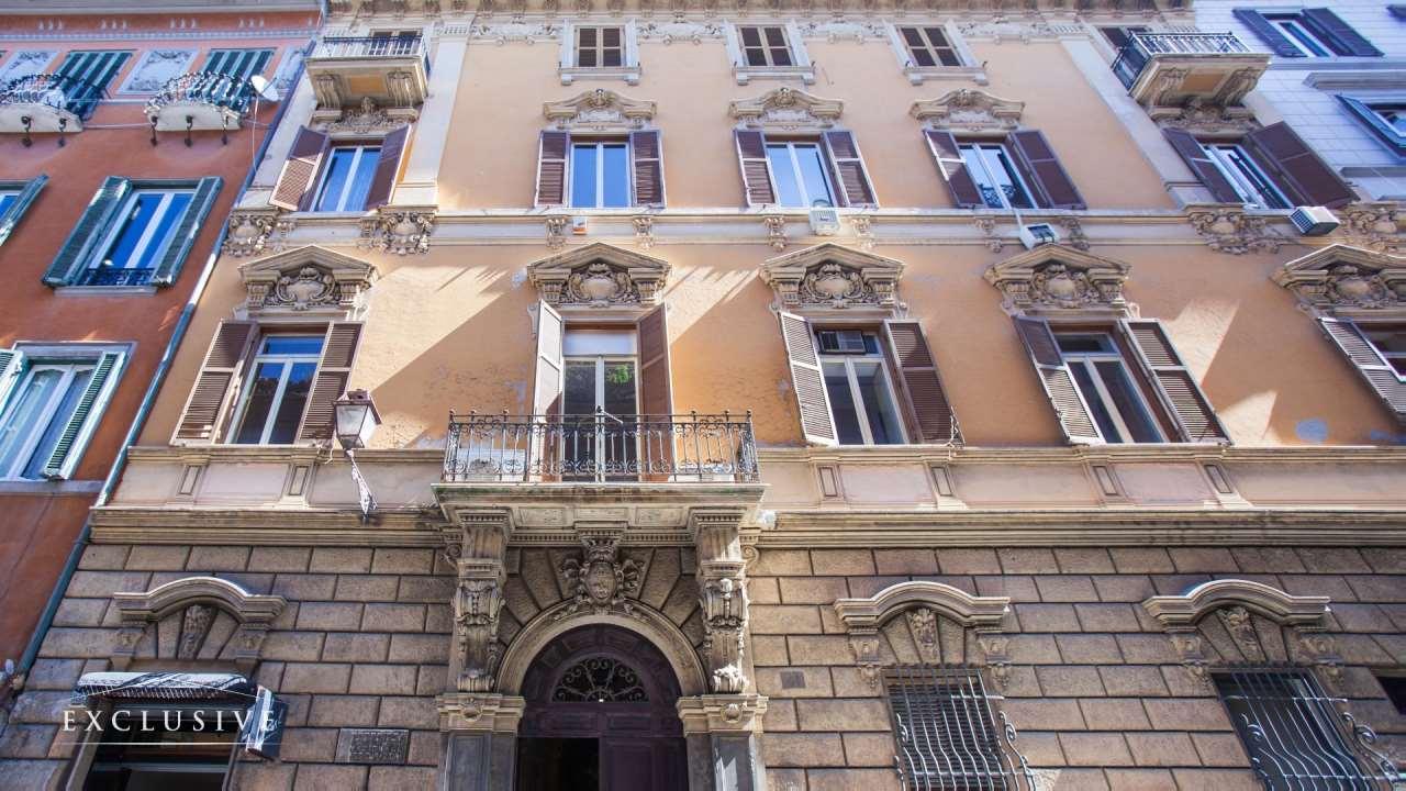 Appartamento in Vendita a Roma: 5 locali, 850 mq
