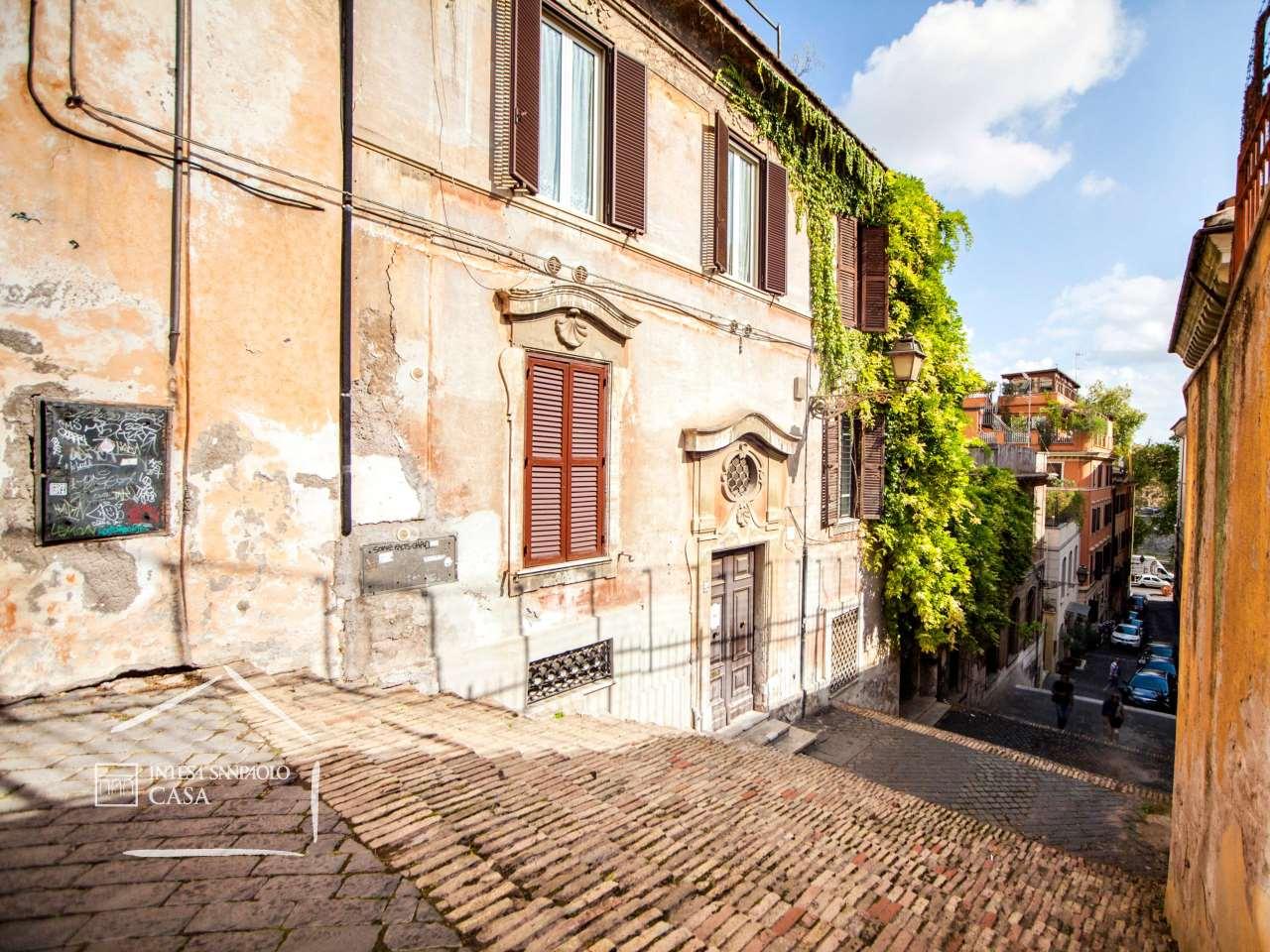 Appartamento in Vendita a Roma: 2 locali, 51 mq