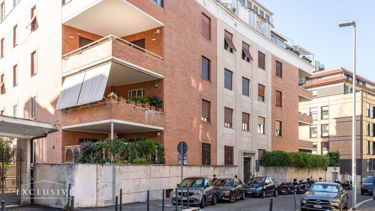 Appartamento in Vendita a Roma: 3 locali, 152 mq